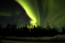 northern_lights_pyha_luosto_kariankutsu_march_lapland_finland